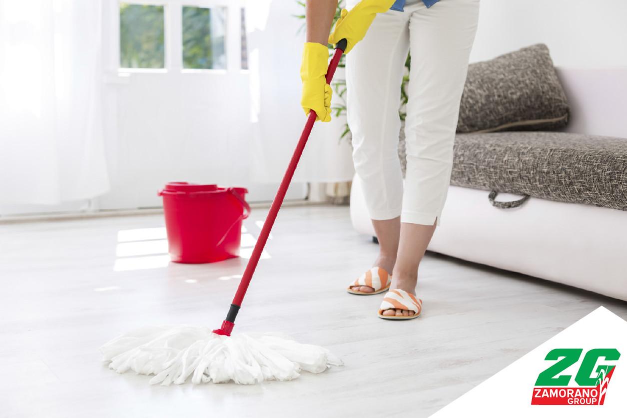 C mo limpiar pisos de cer mica madera o m rmol el for Productos para limpiar marmol